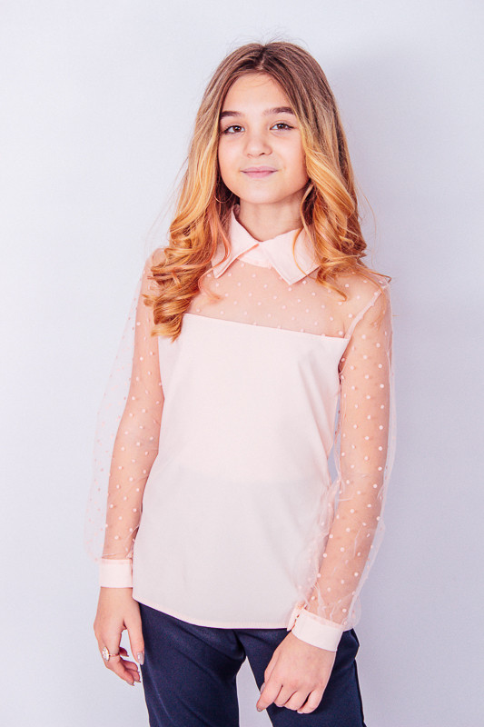 Блуза з мереживними рукавами